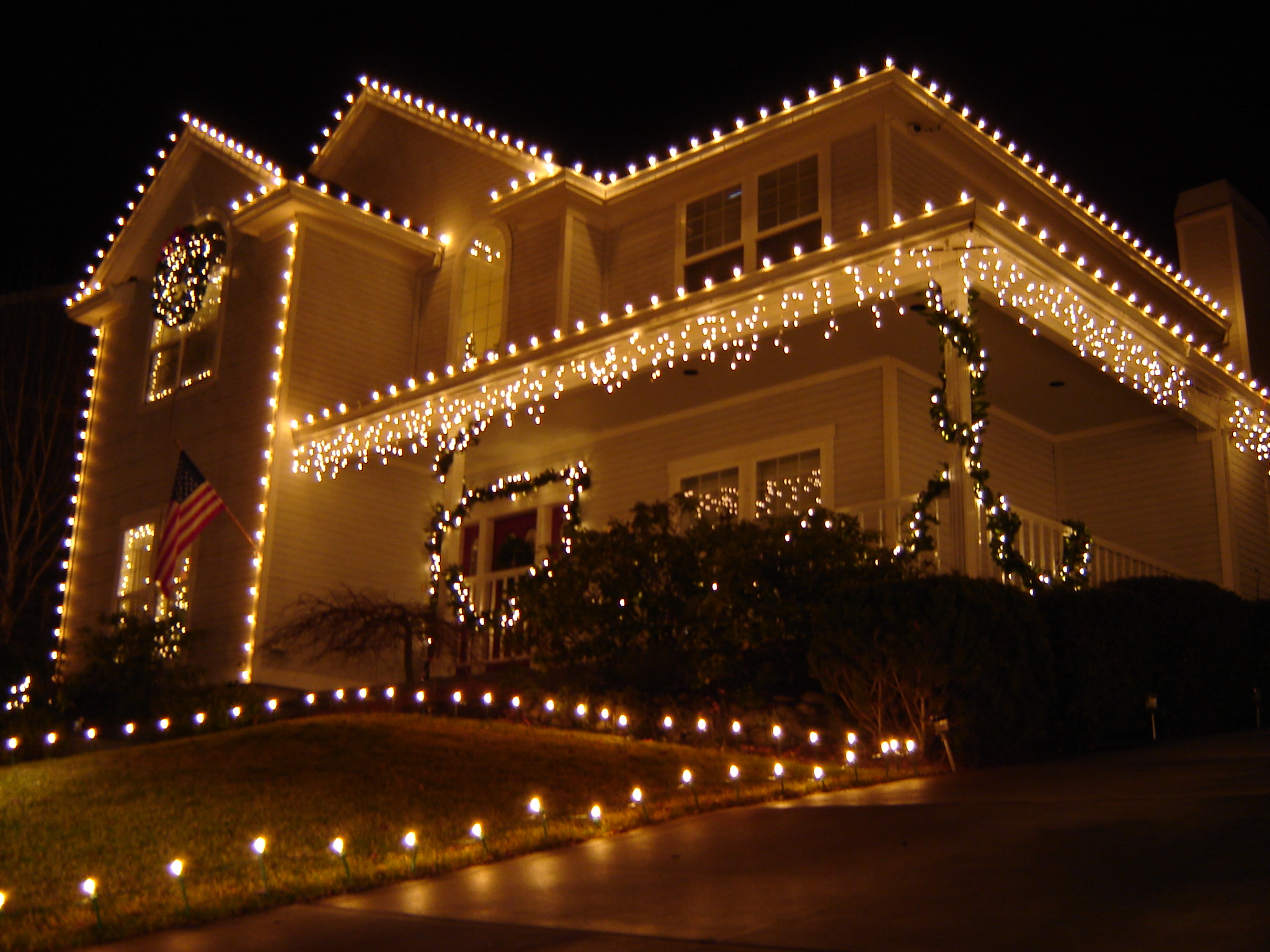 Holiday Lights and Decorations | Sparking Clean Window Cleaners ...